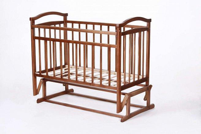 Как сделать детскую кроватку с продольным маятником