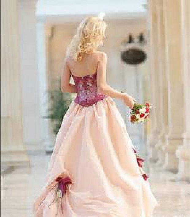 Свадьба 100 лет – Красная свадьба d330f9441e4