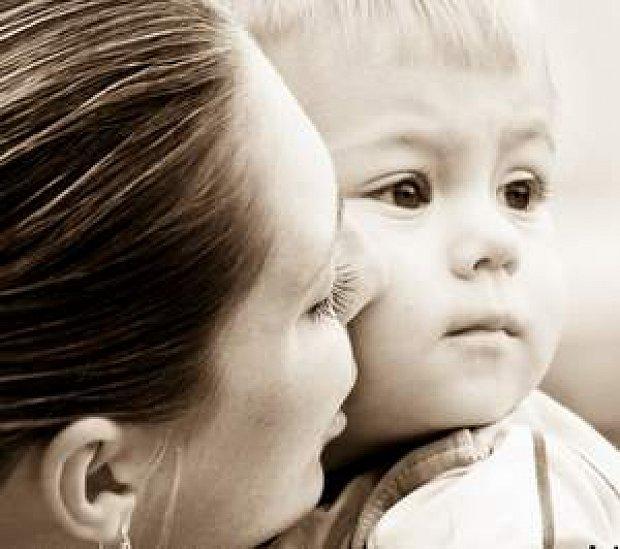 Мамашка обучает сына любви